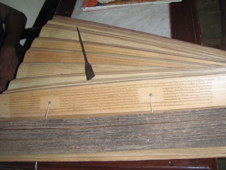 ancient scriptures Buddhist Sri Lanka