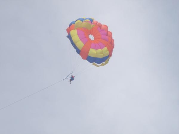 parasailing Kurumba maldives