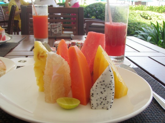 fruit breakfast Shangri La