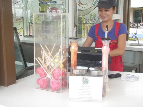cool box ice cream bar Shangri La Tanjung Aru