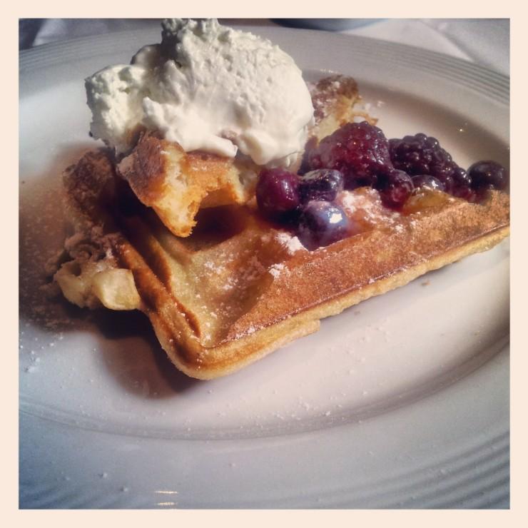waffle dulce de leche breakfast Bobo Hotel Buenos Aires