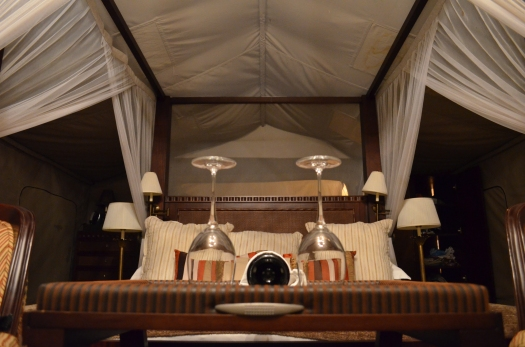 luxury safari tent Tanzania