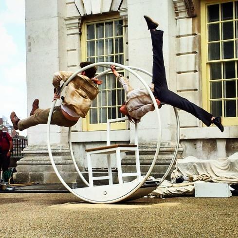 Frantic Acrojou street performance