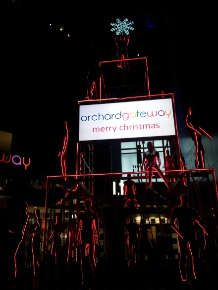 Orchard Gateway Singapore Merry Christmas lights manequin tree