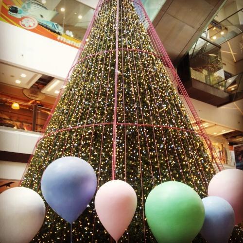 shopping mall Christmas tree Singapore