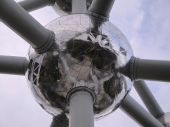 close up sphere Atomium