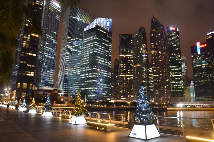 christmas tree night view skyscrapers Singapore
