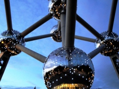 Atomium lights Brussels