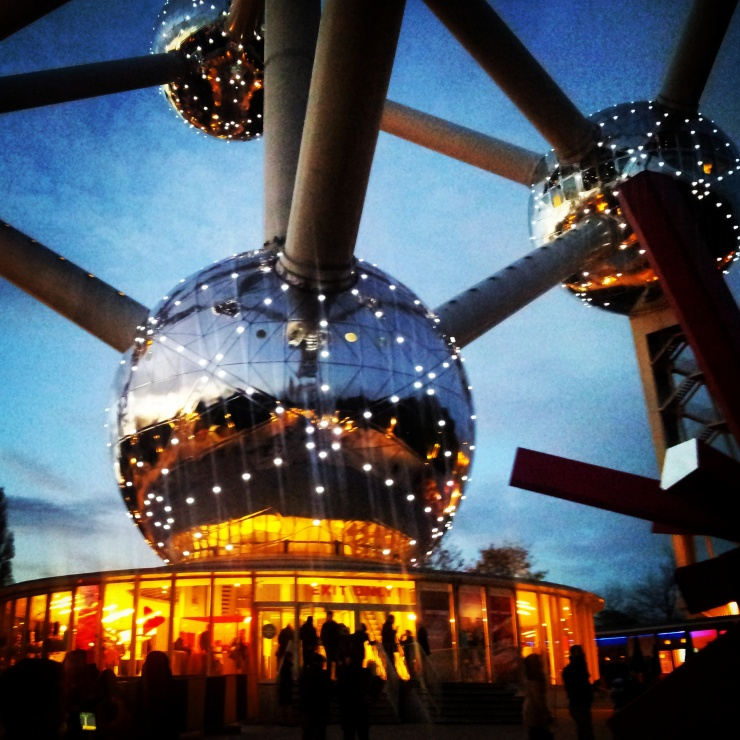 Atomium Brussels lit up night view