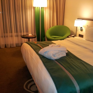 good value hotel bedroom Brussels