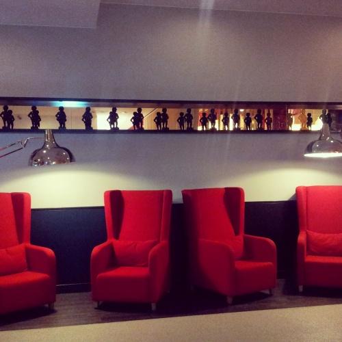 mid range plush hotel lobby Brussels