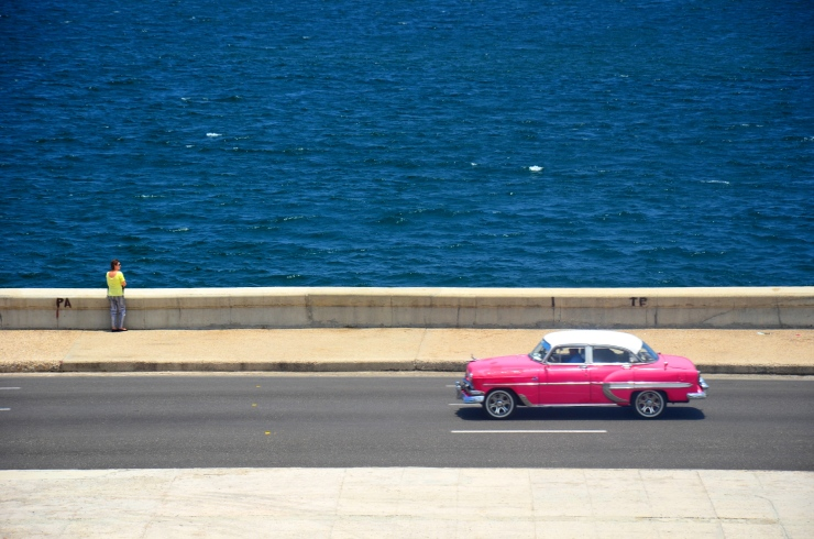 ocean view Hotel Nacional pink vintage car