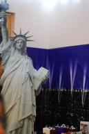 statue of liberty cardboard cut out