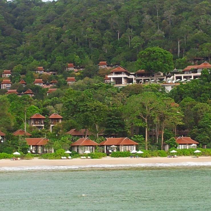 Koh Lanta beaches turquoise sea