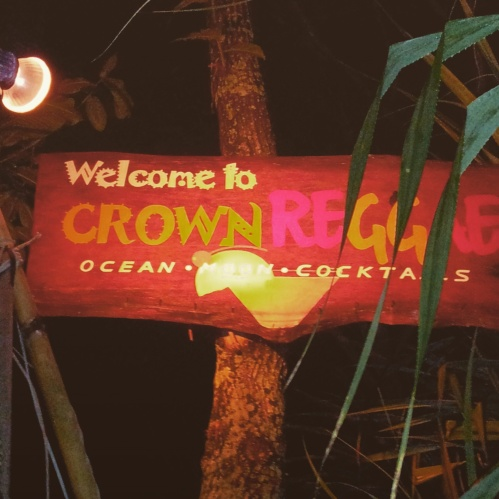 Reggae Bar Crown Lanta Resort and Spa