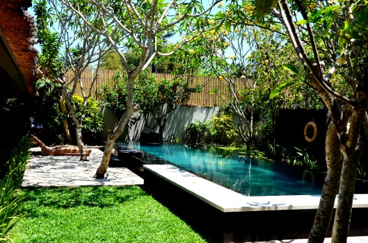 Kayumanis private pool villa
