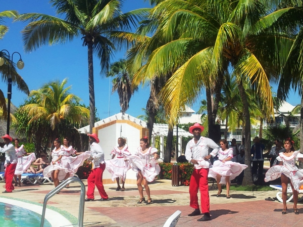 poolside entertainment all inclusive Cuba