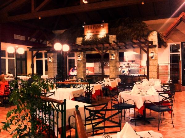 buffet restaurant Royal Hicacos Varadero