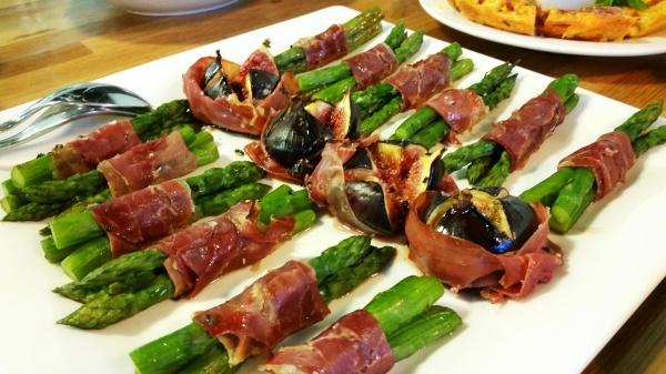 asparagus figs parma ham