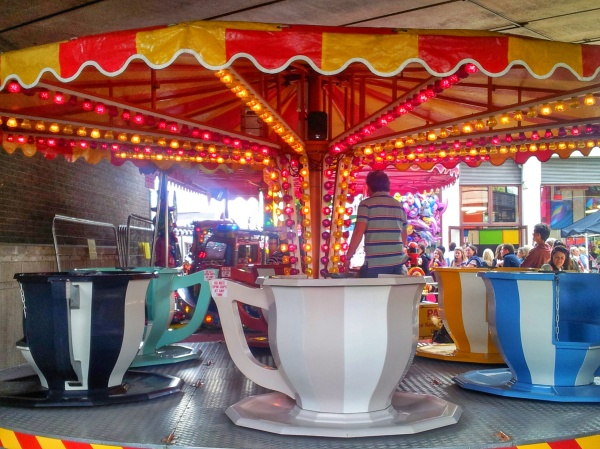 teacup ride canalway cavalcade little venice