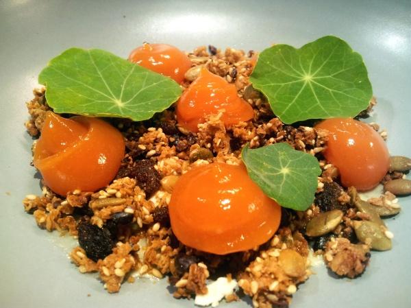 Cuca warm melting cheese papaya jam