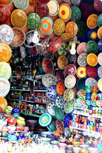 plates marrakech souk