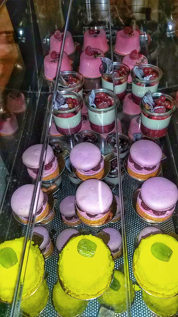 patisserie desserts Le Tea en Rose Sofitel