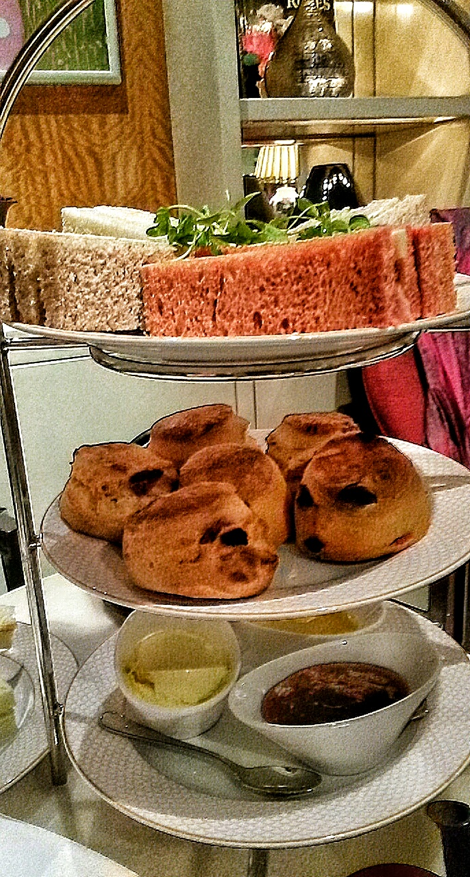 Le Tea en Rose afternoon tea Sofitel St James