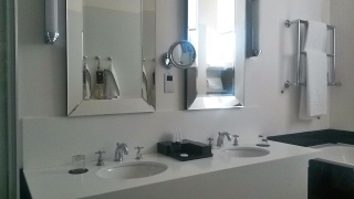 Sofitel St James bathroom London