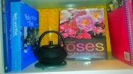 roses book Sofitel lounge