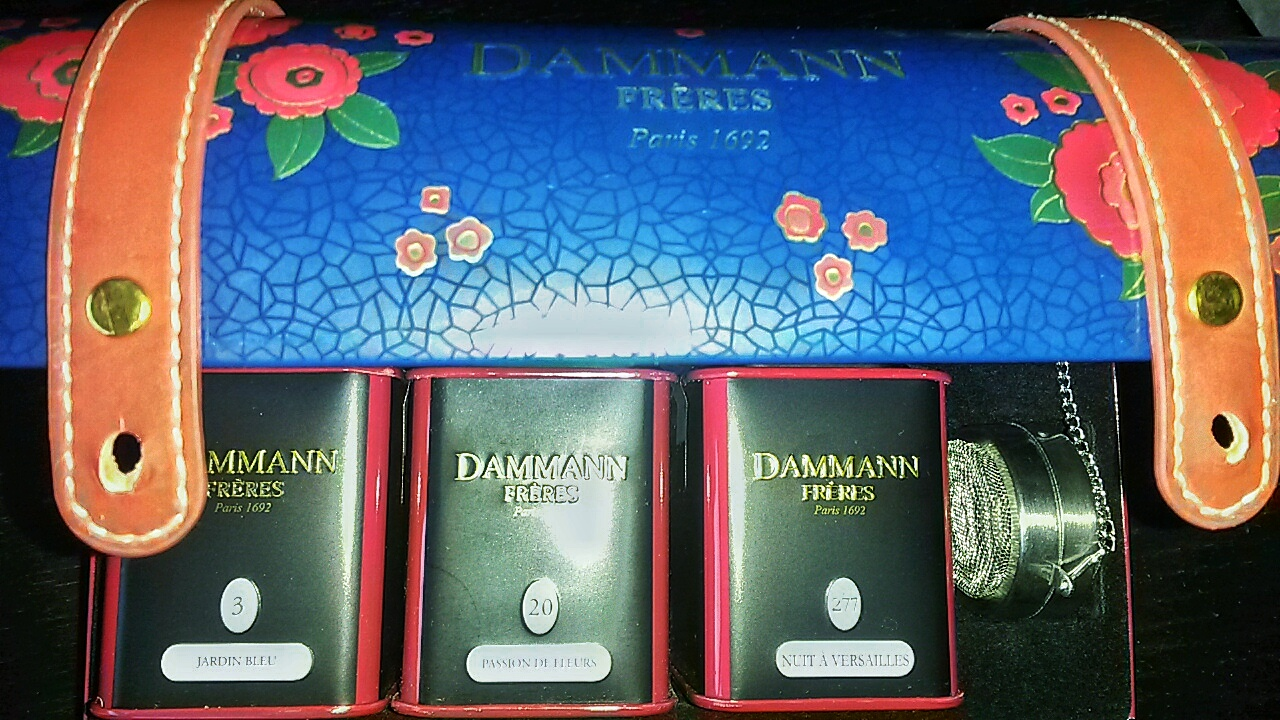 Dammann Freres tea chest