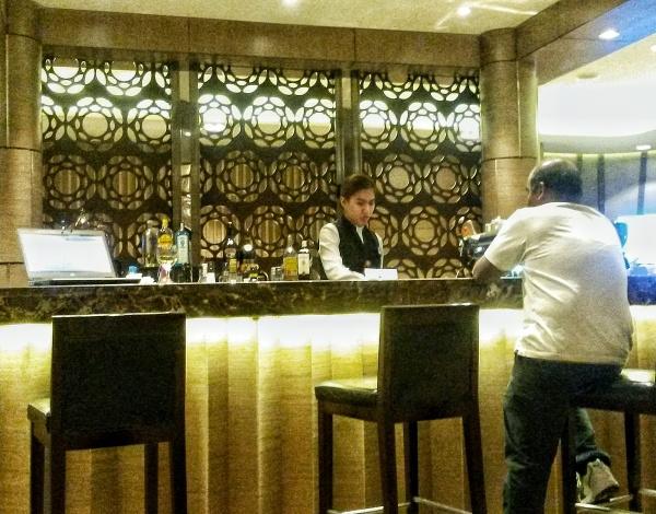 bar Al Reem Lounge Airport Lounge Abu Dhabi