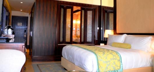 club lounge hotel room abu dhabi hotel