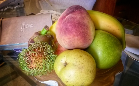 fruit basket in room Ritz Carlton