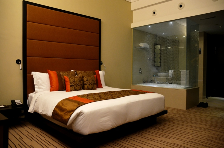 Southern Sun Abu Dhabi hotel bedroom