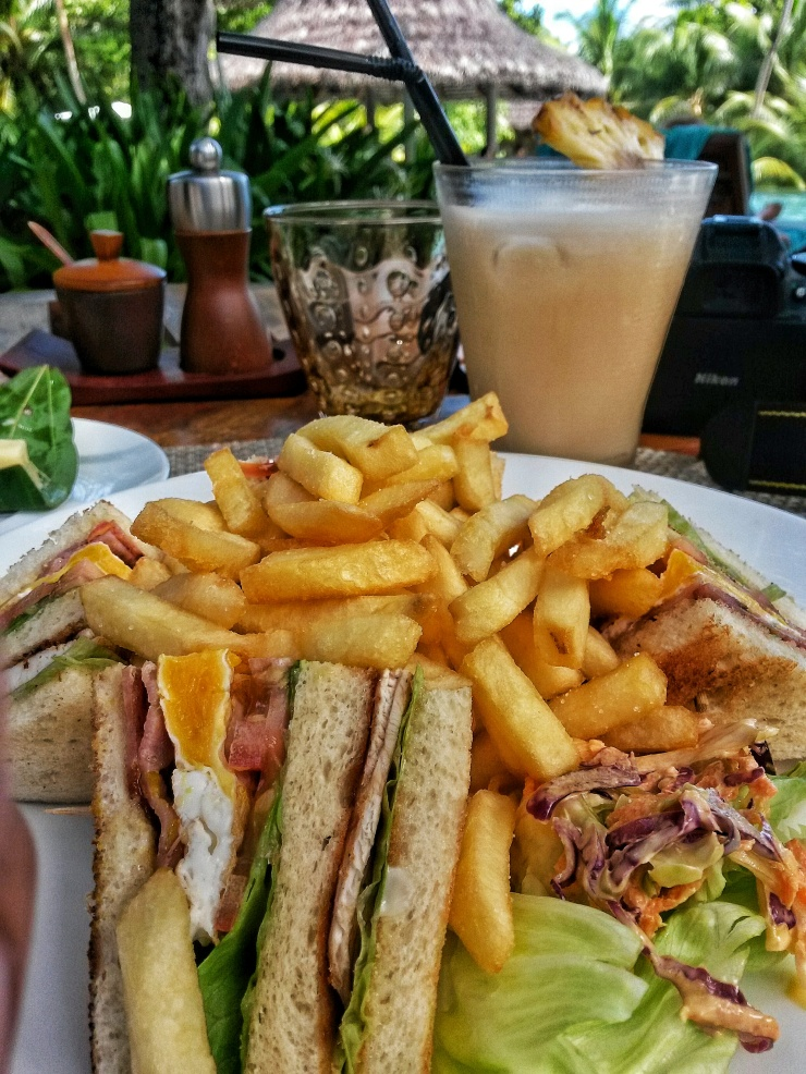 hotel restaurant cafe Praslin Seychelles