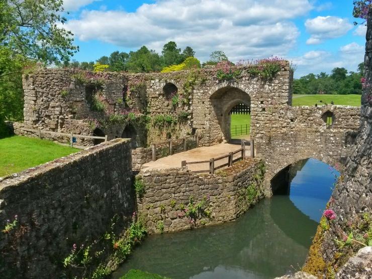 Leeds castle Kent bridge