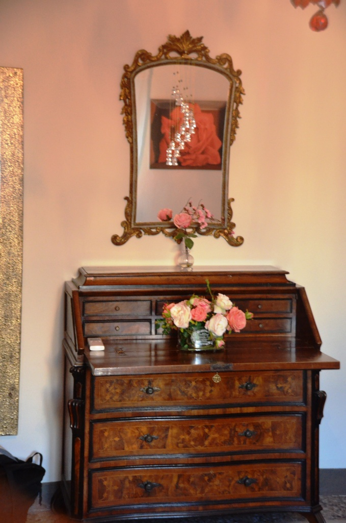 dressing table Pisa guest house