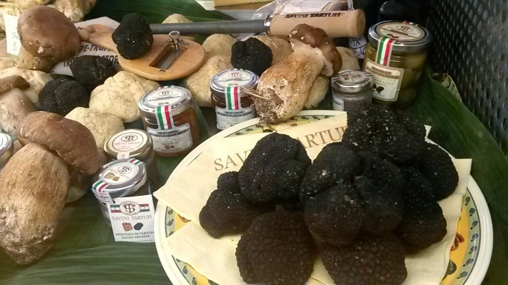 black white truffles Florence food market