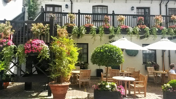 Stafford Hotel outdoor cafe London