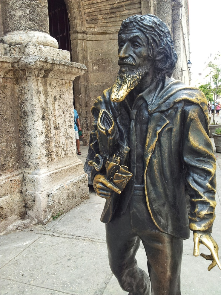 beard statue Havana Viejo old town