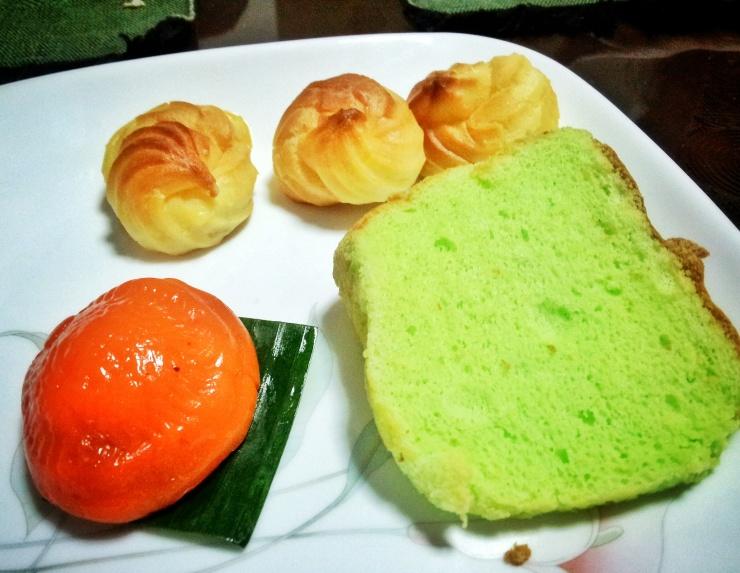Onde Onde Angku Kueh Malaysian desserts Singapore