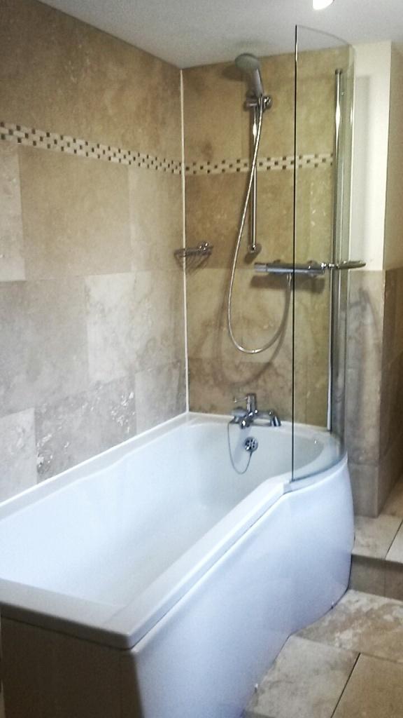 Anchor Inn Durham bathroom