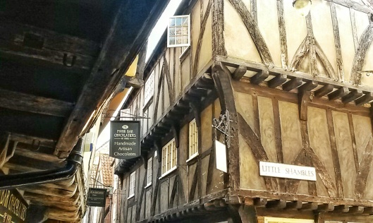 old beautiful famous streets England