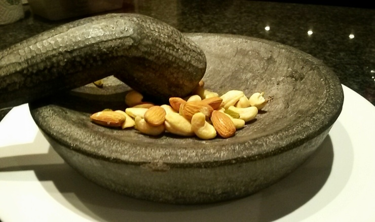 mortar and pestle Bali narket