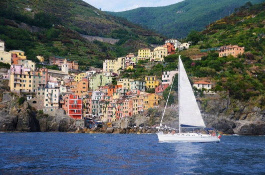 boats Cinque Terre travel