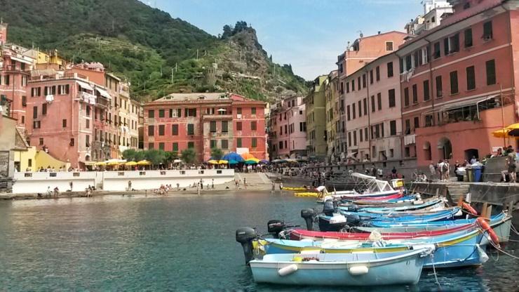 Vernazza boats Cinque Terre