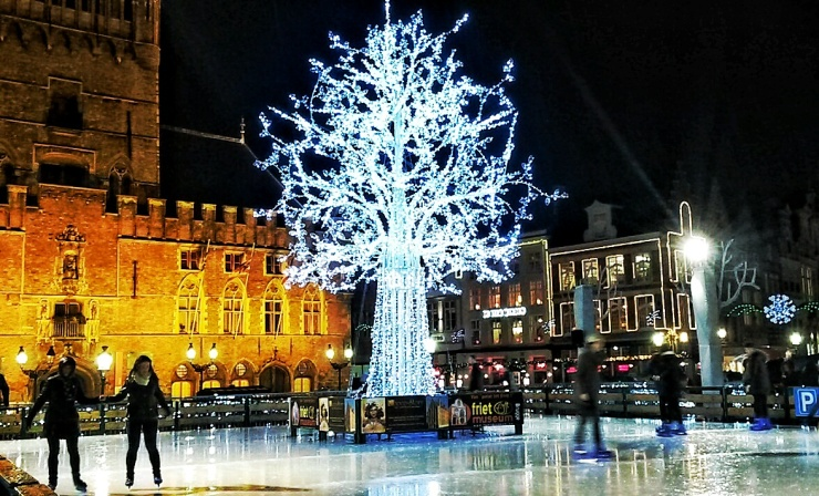 Bruges Christmas Market.Festive Fun At Bruges Christmas Markets Belgium Why