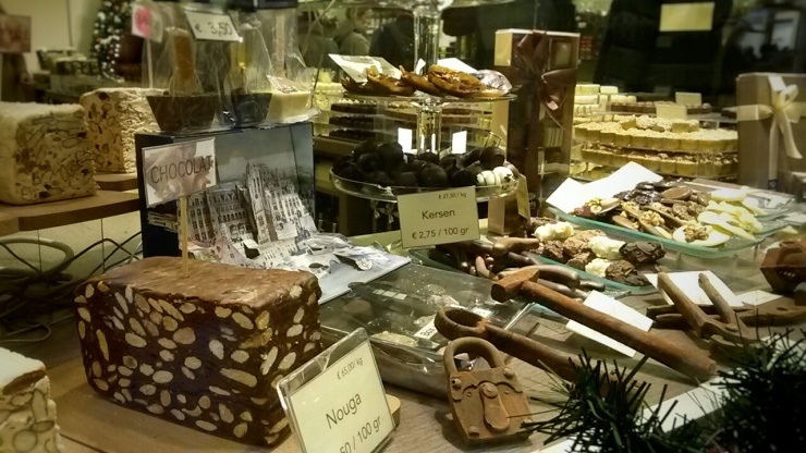 where to find best chocolate in Bruges