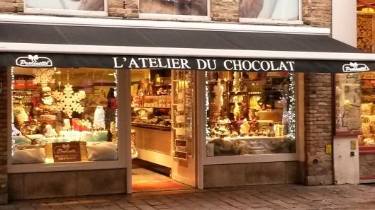 L'Atelier du Chocolat Pralinette handmade Belgian chocolate